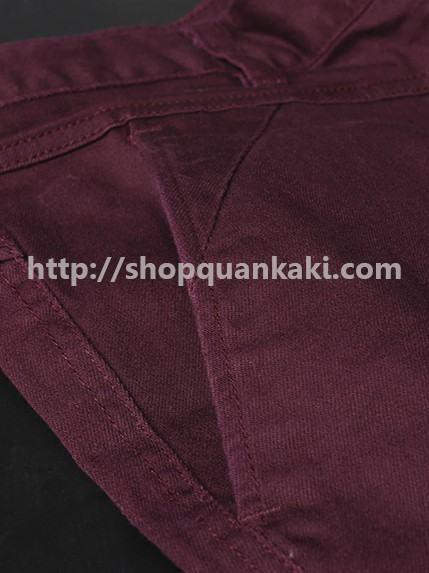 quần kaki nam ống côn màu đỏ mận