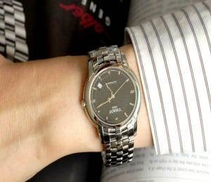5 bí quyết chọn mua đồng hồ cho nam bạn cần lưu ý-4